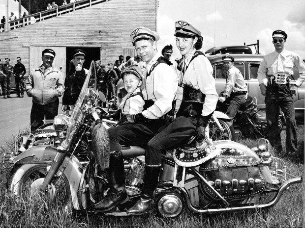 Harley_Davidson_History_07_1024x768