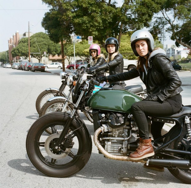 womens-motorcycle-exhibit-venice-vixens