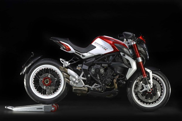 Brutale_800_Dragster_RR_TI86052